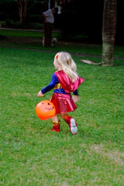 Fly, Supergirl!