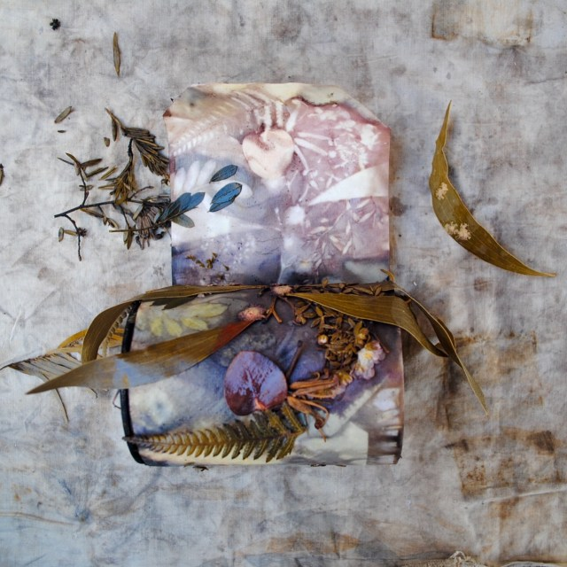 Eco-printing on paper using rusty tin cans and native flora