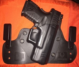 The same holster with the XDM shell from my first CloakTuck