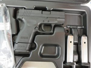 Used Springfield XD 9mm w/ 2 extra magazines and case $375