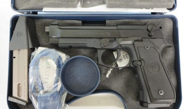 Used Beretta 92 M9A1 9mm w/ extra magazine and case $595