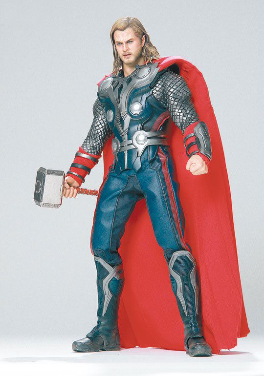 The Avengers 16 THOR Hot Toys photoreview No7 Big