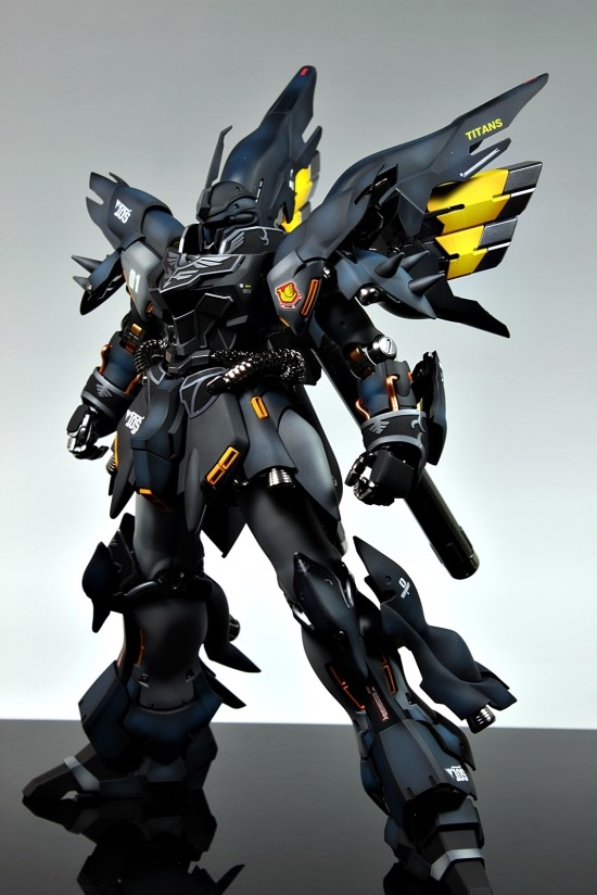 Titans revenge Mg 1100 MSN06S Sinanju Titans Ver modeled by Stormtrooper Photoreview Big
