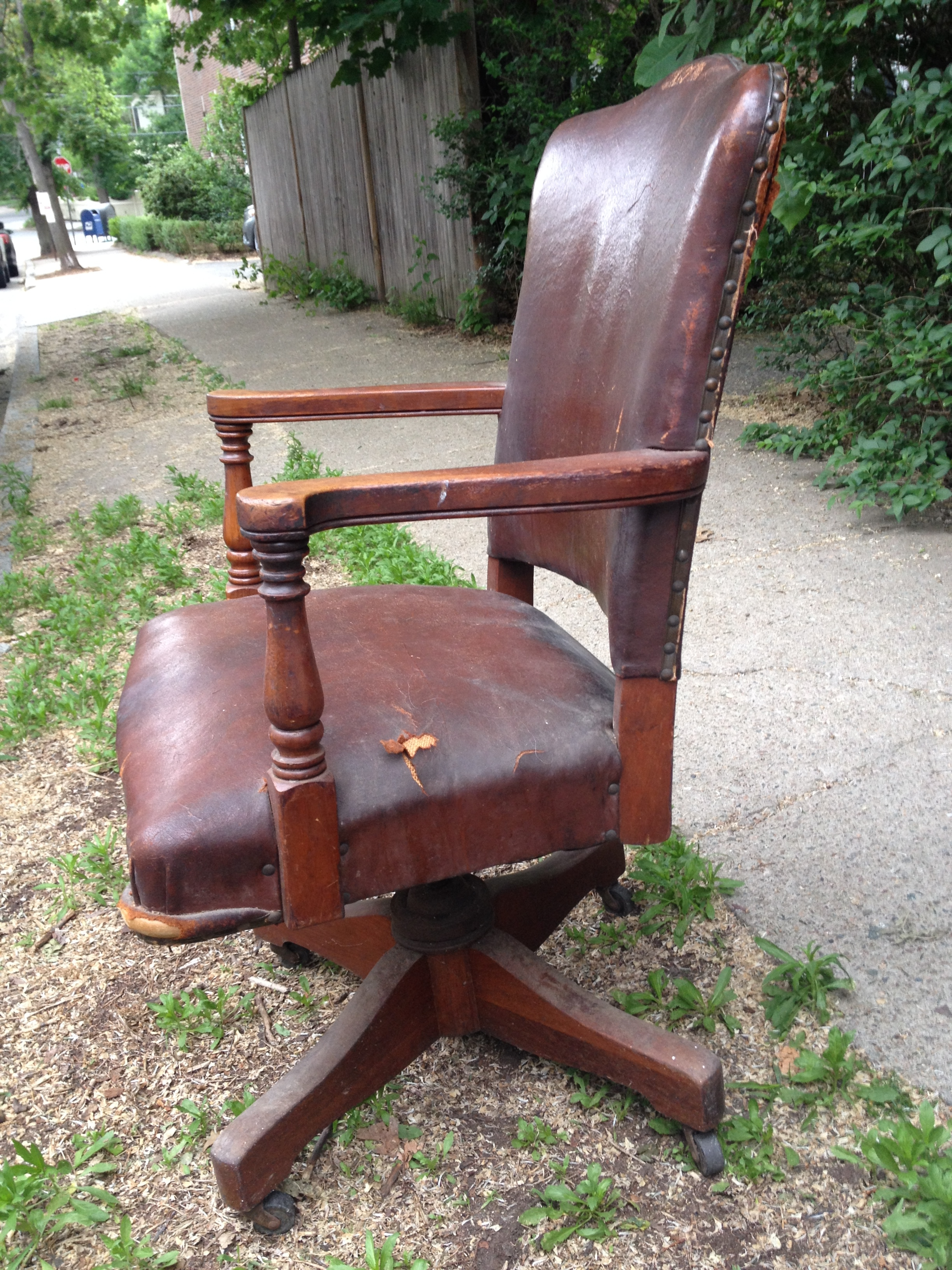 wh gunlocke chair hanging qatar my office furniture wood casegoods desking swiveling through time on our
