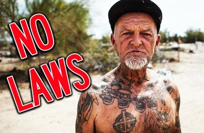 """Slab City: What an abandoned city with no laws full of """"crazy"""" art looks like"""