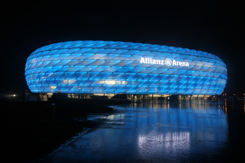 Allianz-Arena-at-night-Munich1