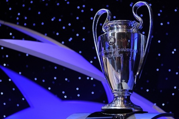 Champions League Trophy 01