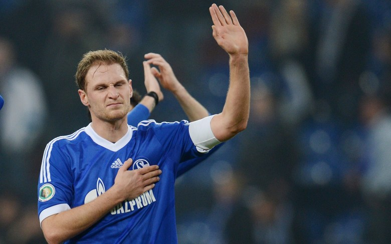 Benedikt Howedes will stay at Schalke
