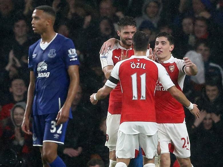 The brilliant Ollie thanking the amazing Mesut