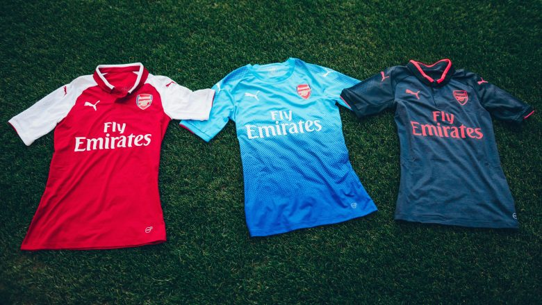 PUMA has today unveiled Arsenal's latest away kit. The new blue kit will be worn throughout the 17/18 season, making its debut for the Gunners against Benfica this weekend in the Emirates Cup. Get yours NOW at uk.puma.com