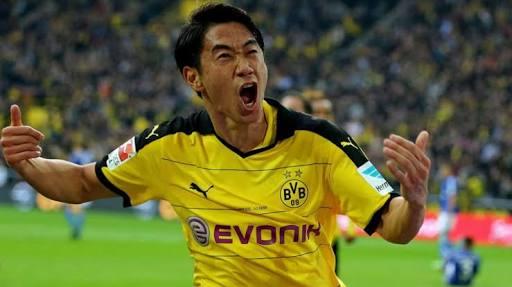 Kagawa was a master-signing