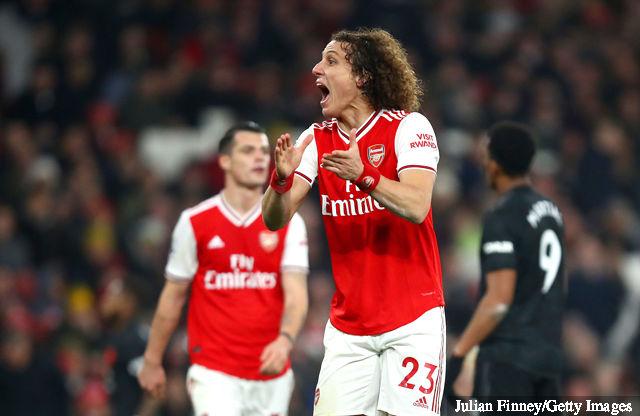 david luiz of arsenal reacts during the premier league match bet 1440305