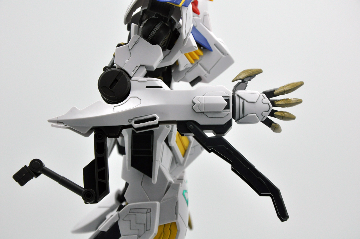 Review 1 100 Full Mechanics Gundam Barbatos Lupus Rex Gunpla 101 Overall, this is an amazing toy of the gundam barbatos lupus rex, not only in terms of its accuracy to the anime but the sheer amount of articulation the diecast joints afford and comes highly recommended. 1 100 full mechanics gundam barbatos