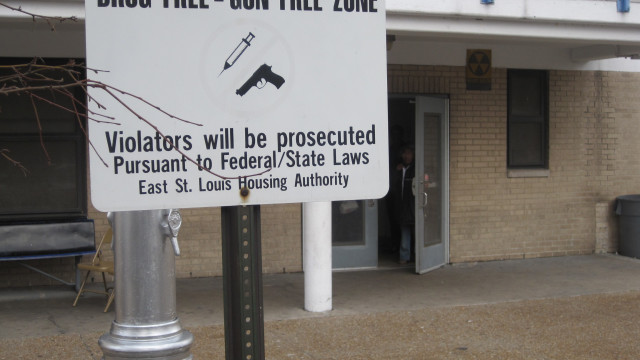 East Saint Louis Housing Authority No Guns