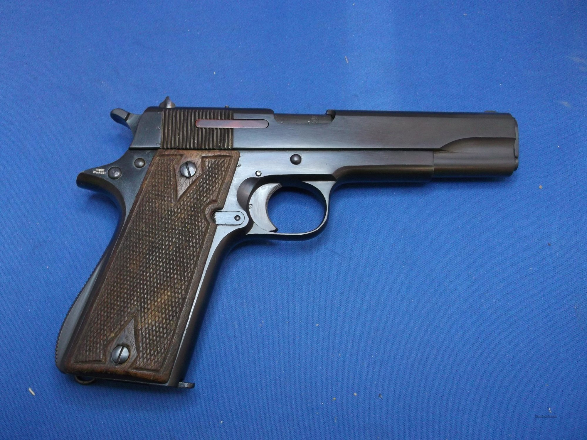 hight resolution of wwii star model b 9mm 1911 type