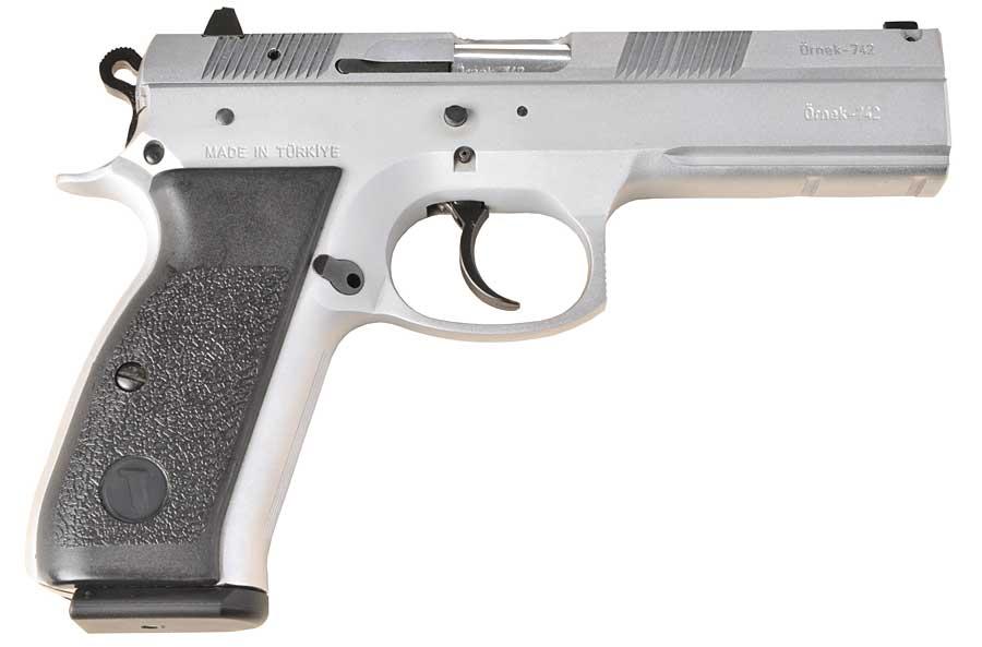 TriStar P120