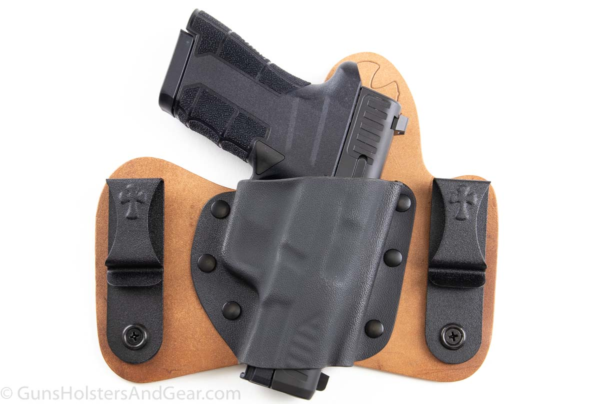 Diamondback AM2 Crossbreed SuperTuck Holster