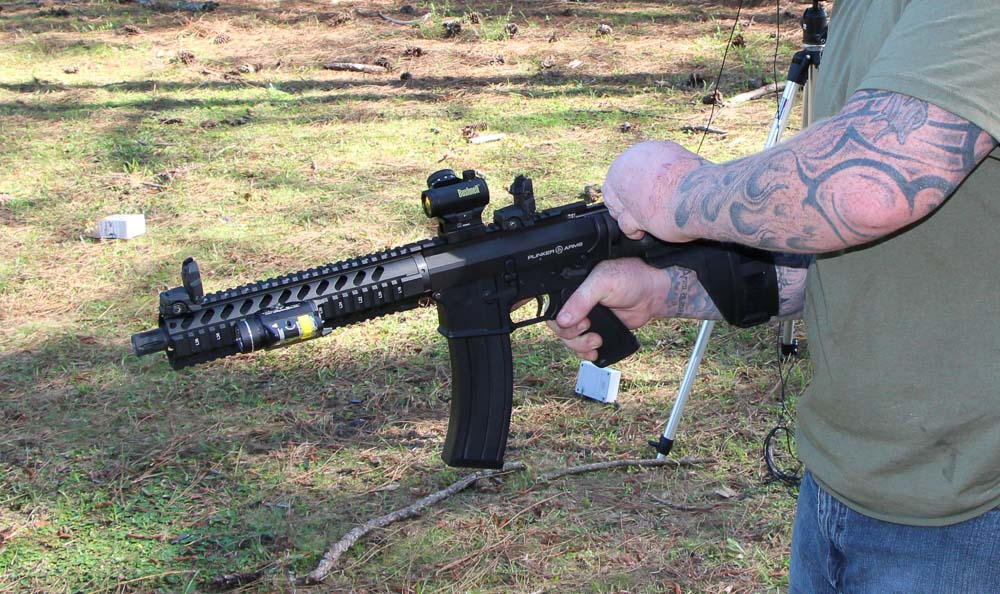 Shooting the Plinker Arms Pistol using an Arm Brace