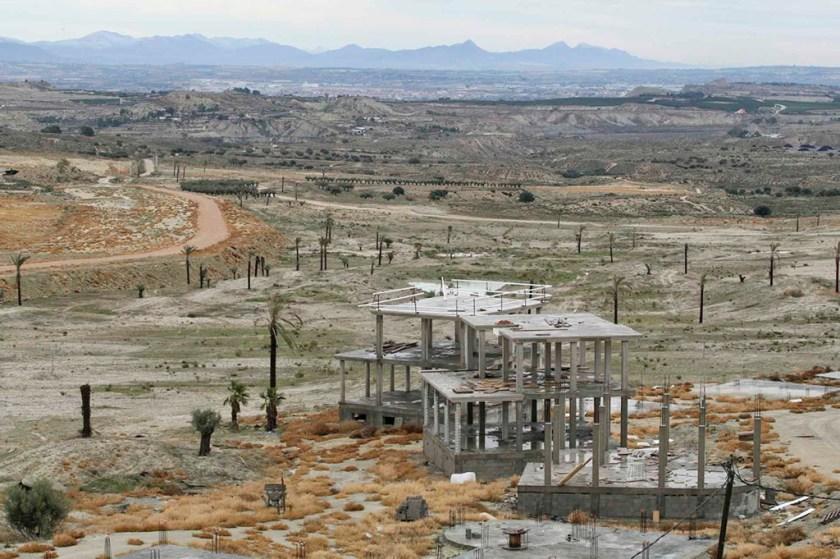 Fotografía: Marcial Guillén (Proyecto abandonado para el campo de golf Trampolin Hills en Campos del Rio, Murcia)