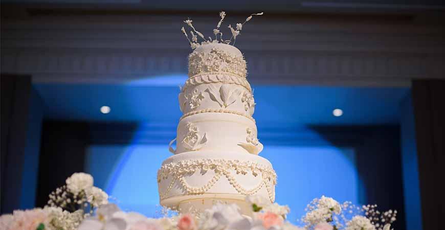 customized-wedding-cakes-in-gurgaon