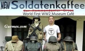 Endonezya'daki bu restoranın adı Soldatenkaffee ve bu restoranın içi tamamen İkinci Dünya Şavaşı'nda kullanılan askeri malzemeler ile dekore edilmiş.