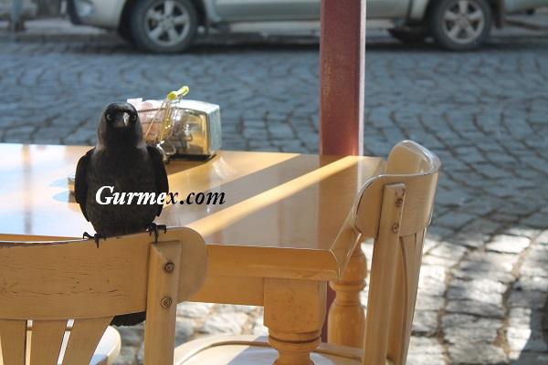 Çiçek Pastanesi Bozcaada nerede ne yenir