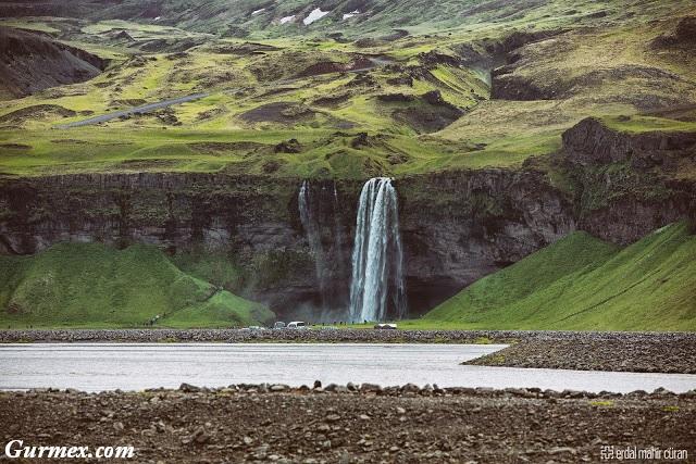 izlanda-seljalandsfoss-selalesi-nerede
