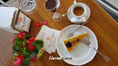 Amalfi Kıyıları pasta tatlı nerede yenir, minori Salvatore de riso pastanesi