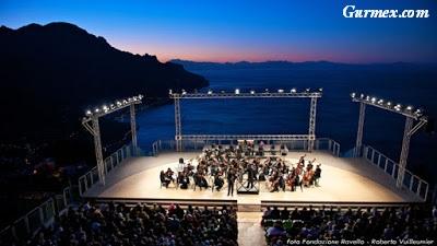 Amalfi Kıyıları, ravello wagner müzik festivali villa rufolo