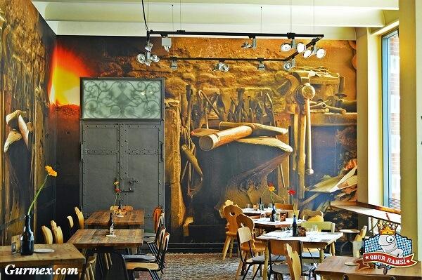 Berlin-de-en-lezzetli-sosis-nerede-yenir