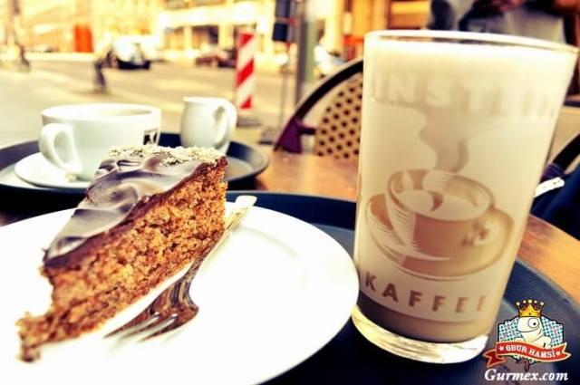 Einstein Kaffe, Berlinde ne içilir