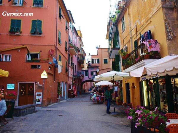 monterosso-koyu-cinque terre-ne-alinir-gezilecek-yerler-seyahat-rehberi