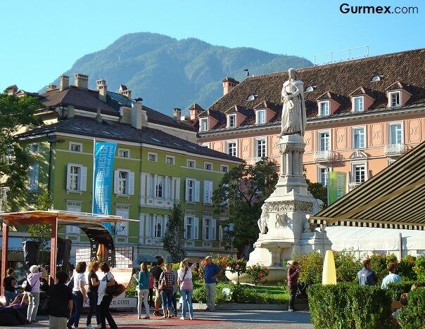 Burg-Maretsch-bolzano-gezi-gurme-rehberi-gezilecek-gorulecek-yerler-gezi-seyahat-blog-tarihi-yerler-muzeler-guney-tirol-italya