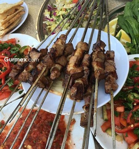 Adana Yeme İçme, Adana'da ne yenir, Adana'da nerede yenir, Adana'da kebap nerede yenir,ciğer kebap salonları, Adana lezzet durakları,Birbiçer kebap salonu Adana