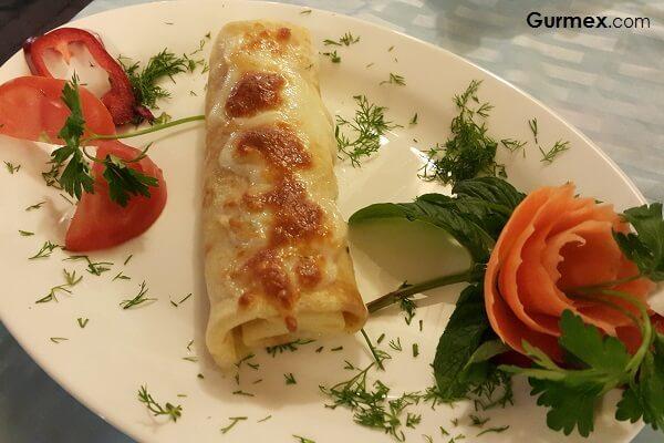 Bozcaada'da Ahtapot Nerde Yenir,Boruzan Restaurant deniz ürünlü krep
