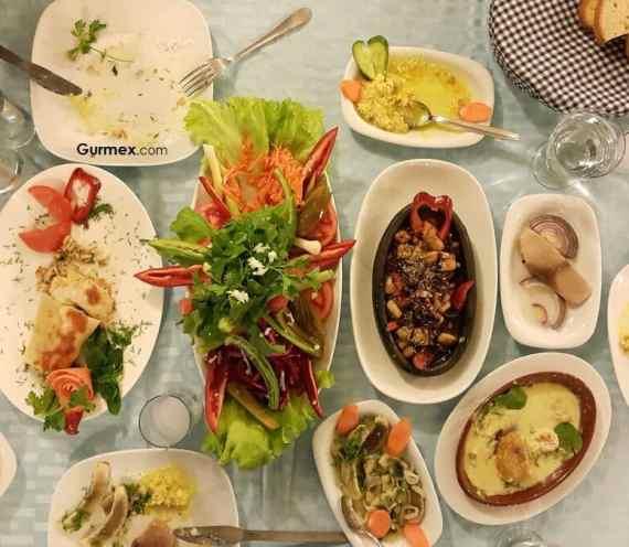 Bozcaada'da Ahtapot Nerede Yenir? Boruzan Restaurant