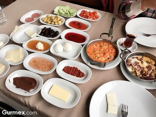 Karacabeyde kahvaltı nerede yapılır,Karacabey Gezilecek Yerler