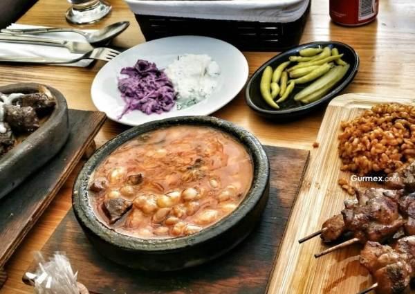 Boşnak Yemekleri Nerede Yenir? Türkiye'de Boşnak Mutfağı