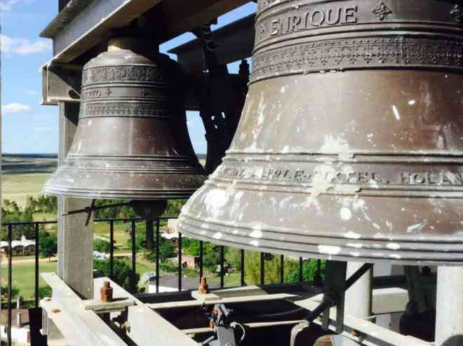 Carillon in Cerro Colorado