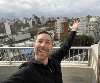 NYC actor turned digital nomad finds Uruguay ideal place to settle