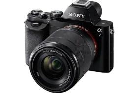 ¡Sony Alpha 7K + Objetivo 28-70 mm por 999 €!