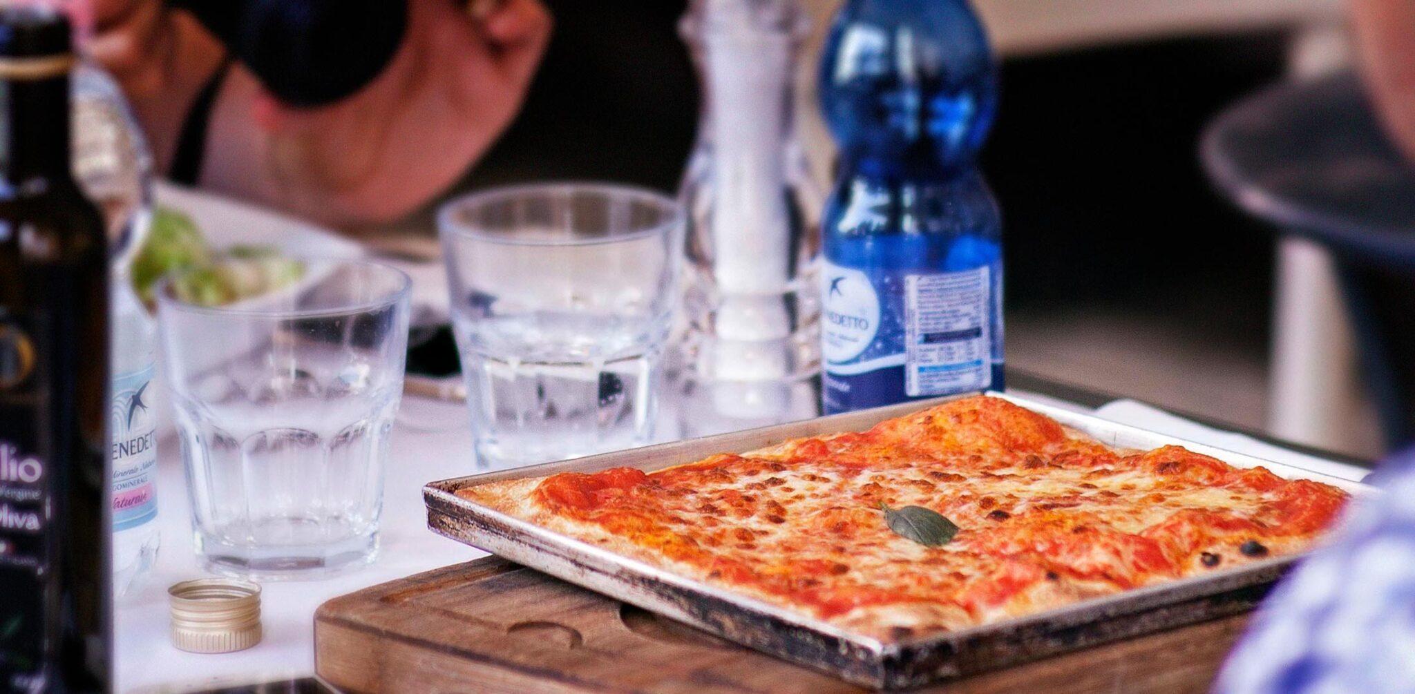 Pizza in teglia alla romana La migliore al centro di Roma