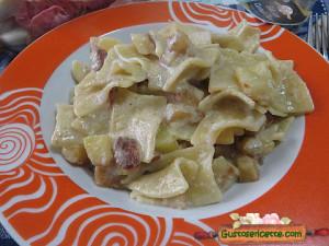 pasta patate e radicchio rosa, per un primo piatto sfizioso e gustoso