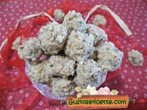 Castagne al cioccolato bianco e nocciole