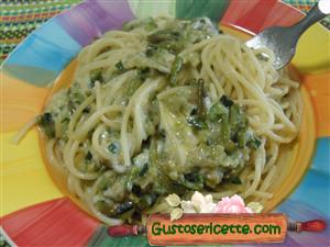 Spaghetti cremosi asparagi e zucchine