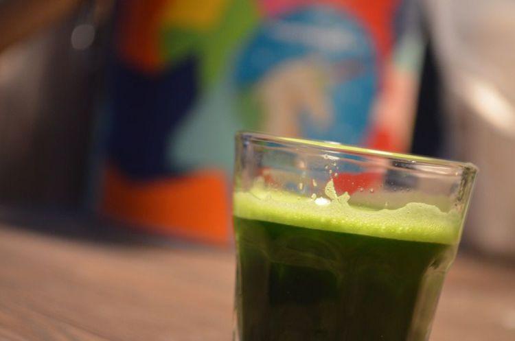 gesundheit  Giftgrüner Saft gegen Krebs Zellen gruener Weizengrassaft1