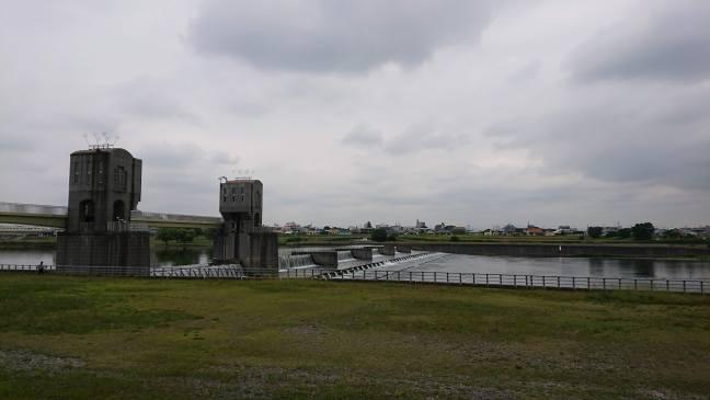 Nikaryoushuku river weir
