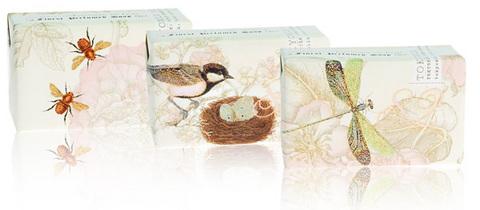 101122-tokyomilk-soap.jpg
