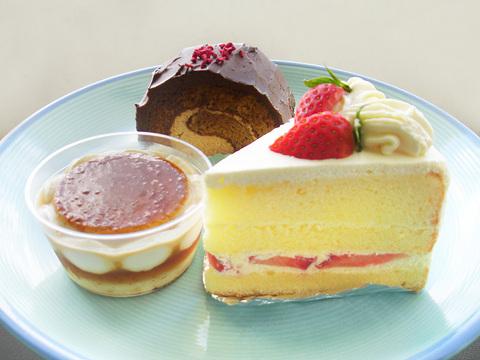 130211-rocona-cake.jpg