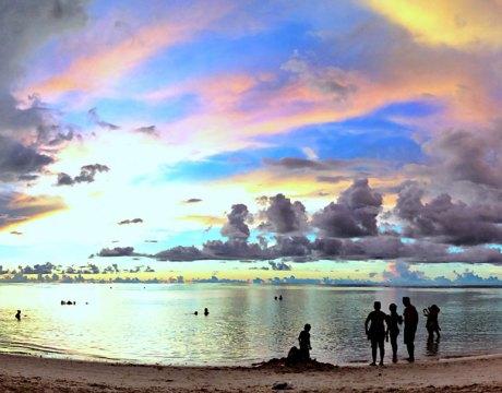 タモンビーチ (2017年8月13日 18:51)